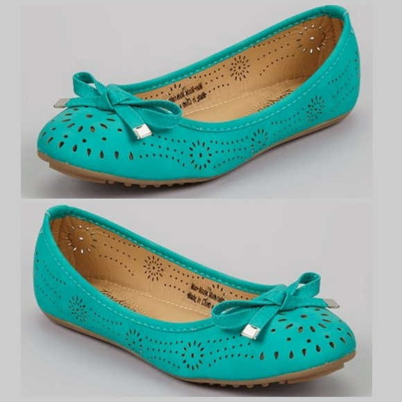 Tory Klein Shoes - Tory Klein Teal Blue Cutout Bow Flats 8 Shoes